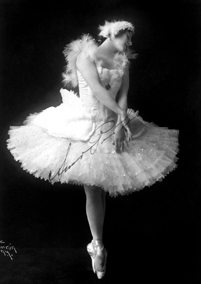 Anna Pavlova, 1917